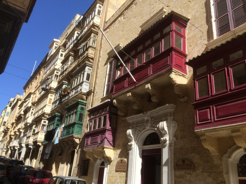 Typische Balkone in Valletta
